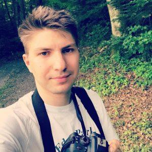 Евгений Мельник —разработчик приложений для радио Lounge Fm, NRJ, Пятница, Країна ФМ