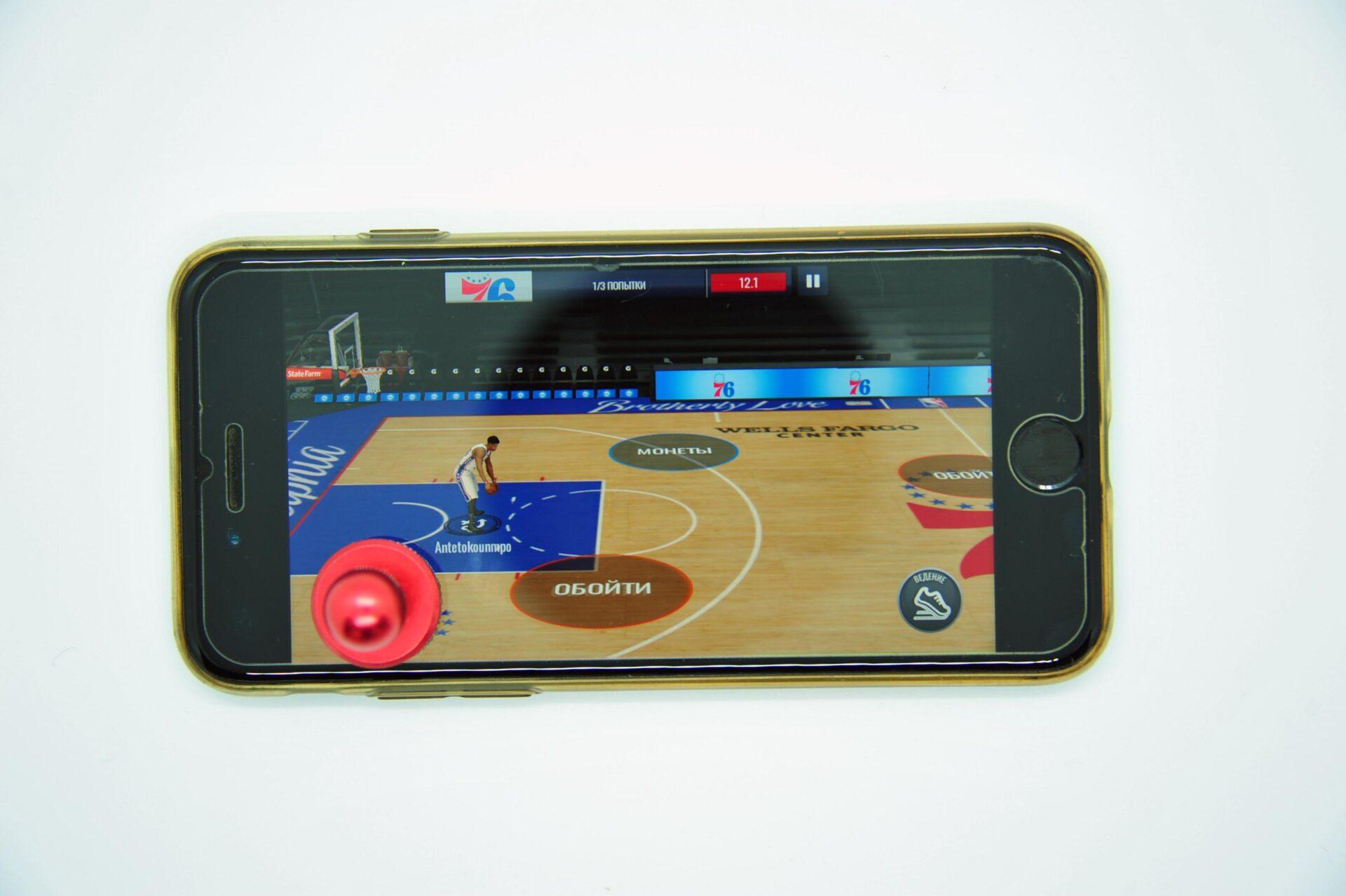 Джойстики, курки и триггеры для iPhone